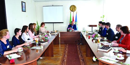 В Шумилинском райисполкоме прошла встреча с отличниками учёбы