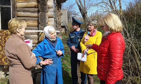 А в Николаевском сельсовете люди готовились к Пасхе