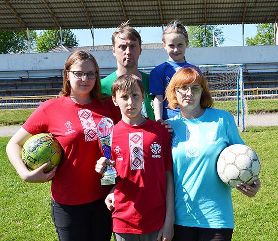 Семья Далецких из Башней названа самой футбольной семьёй Витебской области