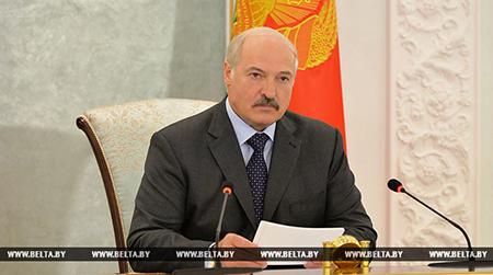 Тема недели: Лукашенко провел республиканское селекторное совещание по вопросам уборки урожая