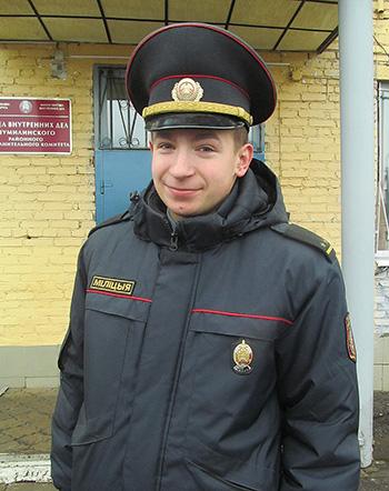 Участковый Павел Трафимов курирует более 30 деревень Ловжанского сельсовета