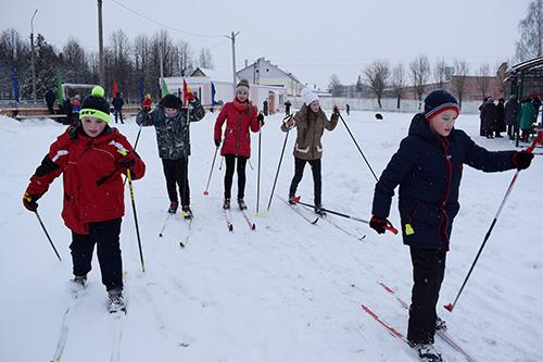 В Шумилино отметили Международный день снега