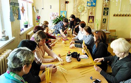 Умельцы Шумилинского центра детей и молодёжи дают мастер-классы