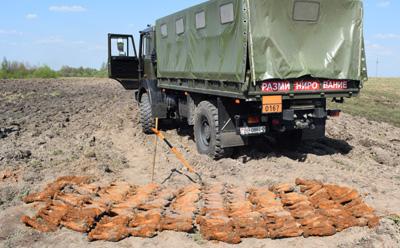 Механизатор на поле в Шумилинском районе нашёл около 300 мин времён войны