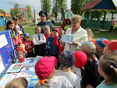 В Шумилино поддержали республиканскую акцию «Не оставляйте детей одних!»