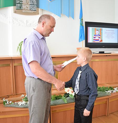 Торжественный приём талантливых учеников прошёл в Шумилинском райисполкоме