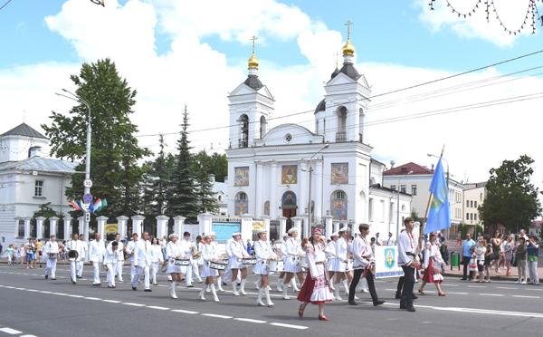 На «Славянском базаре» побывали, себя показали