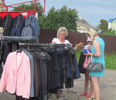 Школьные ярмарки прошли по Витебской области. Чем порадовала ярмарка в Шумилино?