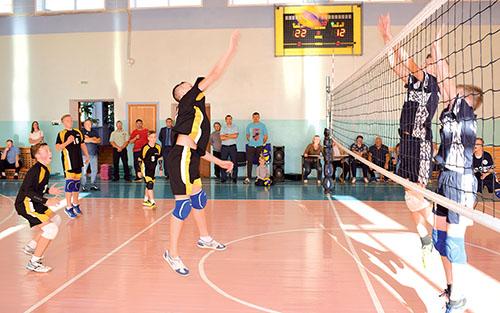 В Шумилино прошёл открытый турнир по волейболу, посвящённый Анатолию Завадскому