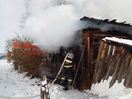 Пожары в Витебской области за 1 января: горели 3 бани, погибло 3 человека