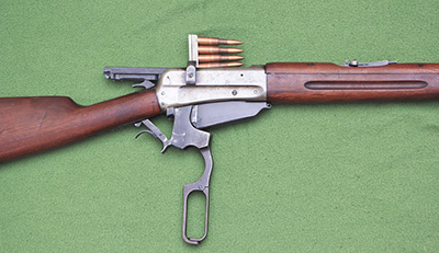 Возбужднено два уголовных дела за незаконное хранение оружия
