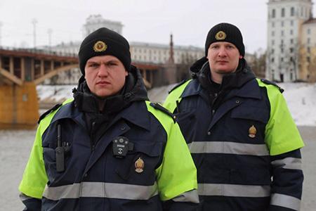 Мужчина пытался покончить с собой в центре Витебска и спрыгнул с моста в реку