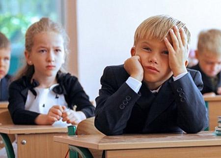 Министерство образования рассказало, когда пройдут выпускные в этом году и как будут отдыхать школьники в следующем