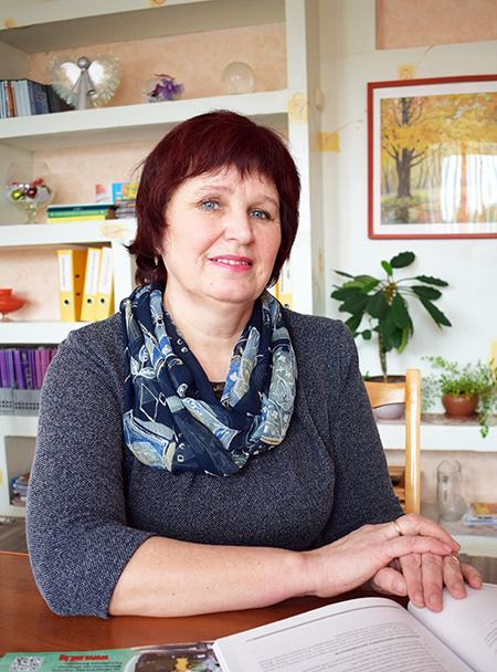 Отличный педагог – это о Ларисе Захаровой из Обольской СШ