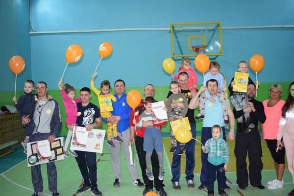 Спортивный праздник «СуперПапа» в Шумилино провела районная организация «БРСМ»
