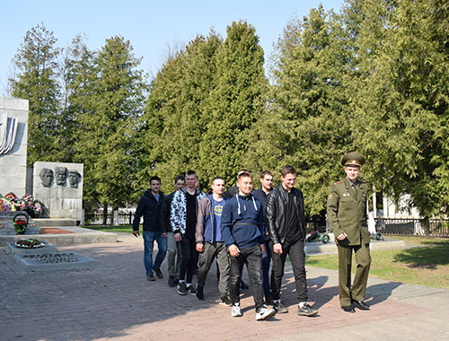 12 шумилинских парней получили повестки в армию