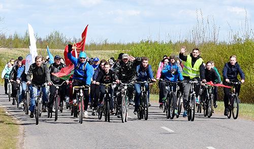 «Велопробег потомков Победы» собрал в Шумилино около 100 человек