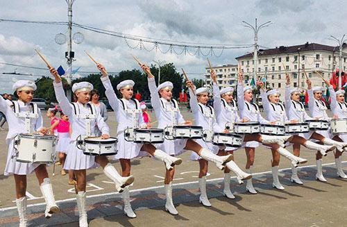 Проста бліскуча выступіў на «Славянскім базары» ансамбль барабаншчыц «Экспрэсія» з Шуміліна