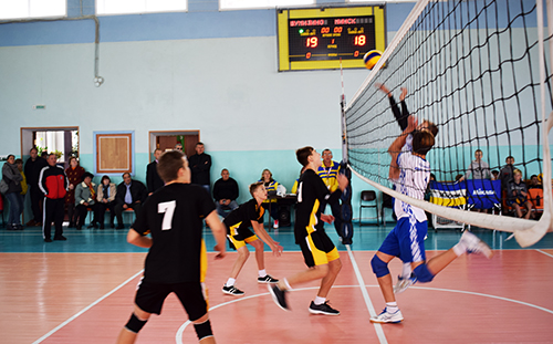 Шумілінцы перамаглі на адкрытым раённым турніры па валейболе
