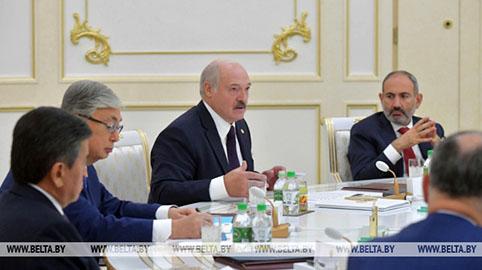 Аляксандр Лукашэнка: перамога ў Вялікай Айчыннай вайне адзіная і непадзельная