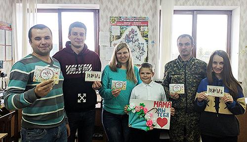 Работники Шумилинского лесхоза послали поздравительные открытки своим мамам