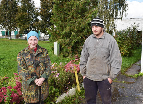 Они приехали работать в сельское хозяйство Шумилинского района