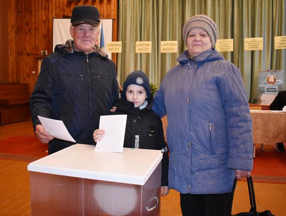Активно голосуют на выборах в парламент жители Шумилинского района