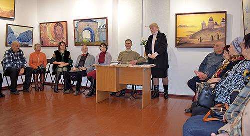 В Шумилинском историко-краеведческом музее открыли выставку репродукций картин Николая Рериха